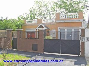 Moron, venta, casa 3 amb. Zona residencial. V302