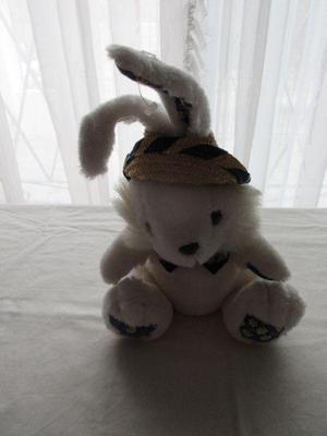 Peluche de coneja blanca con sombrero, 36 cm, impecable