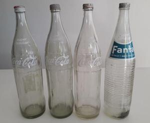 Antiguas Botellas de Gaseosa de Coca Cola y Fanta. Tapa de