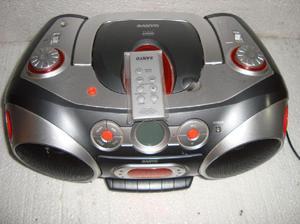 REPRODUCTOR DE MP3 / DC, RADIO CASSETTE SANYO CON CONTROL