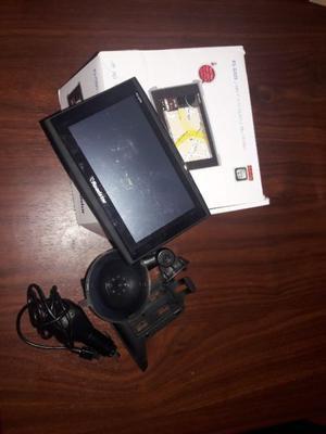 Vendo GPS (ROADSTAR) nuevo sin uso con accesorios en caja