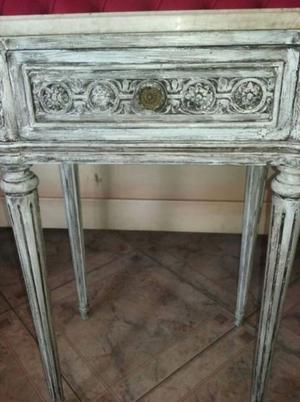 """""""LUIS XV"""" con tapa en marmol"""