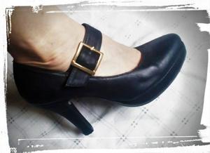 Lindos y nuevos zapatos de vestir. Talle 37