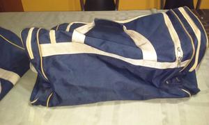 Vendo bolso azul grande con divisiones