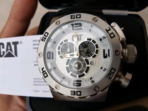 vendo reloj Caterpillar nuevo sin uso en caja