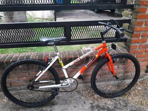 Bicicleta India rodado 26 unisex excelente estado un mes de