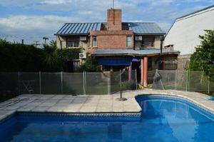 Dueño vende casa en Bº Chateau Carreras, excelente zona!