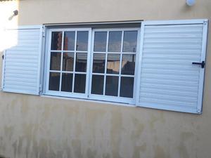 Ventana Vidrio Repartido Con Postigo De Aluminio 1,50 ×
