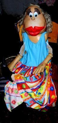muñeca.barbara reina reeach en colors 1.20cmts. regalo