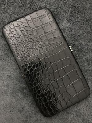 Billetera importada negra reptil (ecologico)