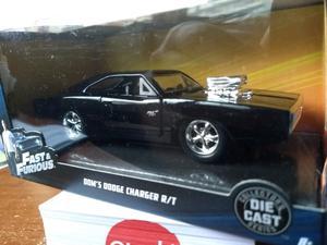 Dodge Charger de Toretto - rápido y furioso original. NRO 1