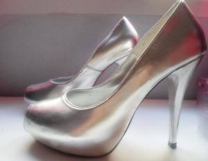 Zapatos de mujer plateados talle 37