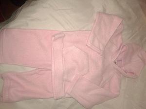 campera con capucha manga larga y pantalon pllar rosa talle