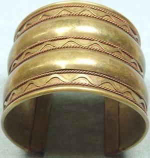 antiguo Brazalete Medieval De Bronce Macizo Para Entendidos