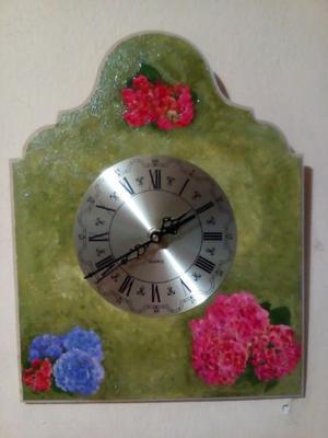 Hermoso reloj de pared