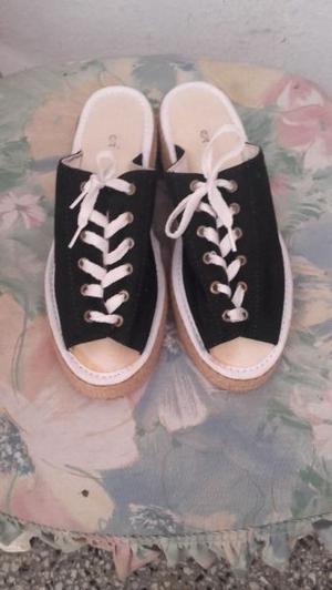 Sandalia de tela
