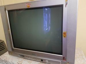 VENDO TV COLOR 21' MARCA ADMIRAL CON CONTROL REMOTO