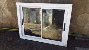 Ventana aluminio Módena 120x90 + reja de hierro + cortina