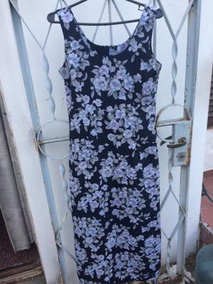 Vestido largo con estampado de flores talle 1