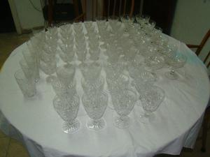 antiguo juego de copas de cristal tallado de 65 piezas
