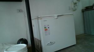 vendo o permuto freezer dual 223 L en excelente estado