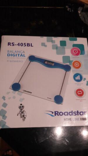 Balanza digital nueva en caja