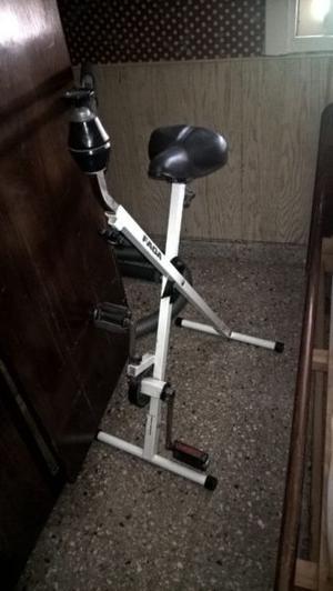 Bicicleta fija (impecable estado) como nueva