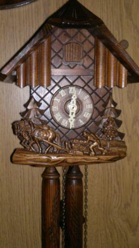 Espectacular Reloj Cucu Con Pesas De Madera