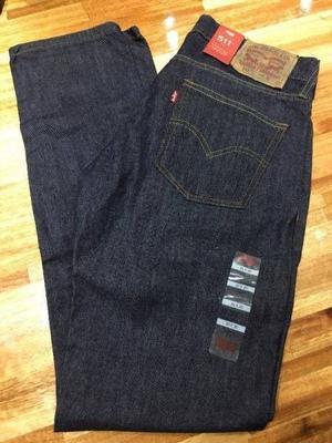 Pantalon Levi's de hombre. Nuevo. Original.
