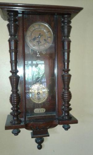 Reloj Antiguo De Pared A Pendulo