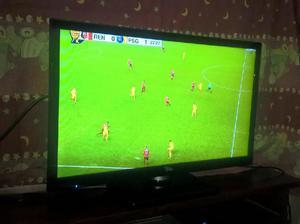 VENDO TV LED LCD HD 24 Marca ILO. EXCELENTE ESTADO.