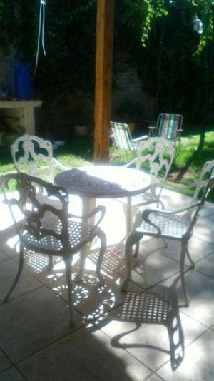 Juego de jardín en Hierro fundido y aluminio