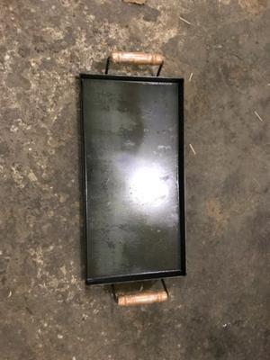 Plancha bifera de hierro de 2 hornallas, mide 50 x 25 cm