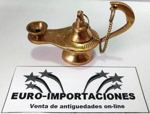 Antigua lampara de aladino de bronce