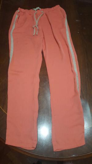 """Pantalon tipo babucha """"TUCCI"""" en excelentes condiciones"""