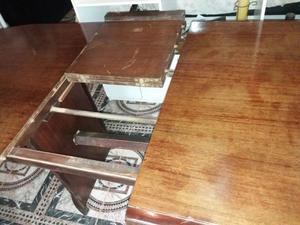 ●Vendo Mesa con Trampa de estilo madera maciza● - $