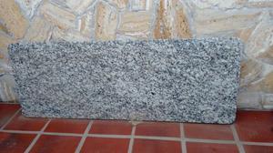 Mesada de granito gris perla para desayunador