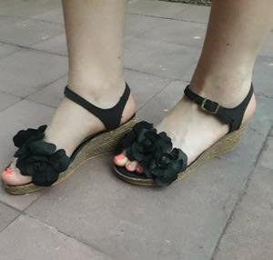 Sandalias Negras con Plataforma 35