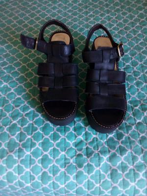 Sandalias Negras Nuevas 37