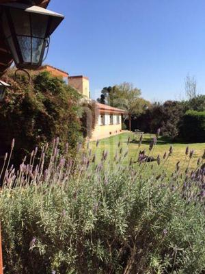 Casa amplia en barrio El Golf, Alta Gracia.