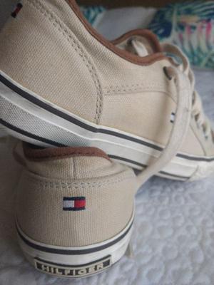 Zapatillas Tommy originales talle 36