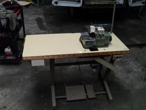 Máquina de coser Overlock de 3 hilos