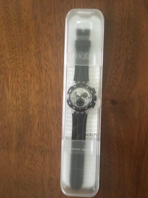 Reloj Swatch Suik400