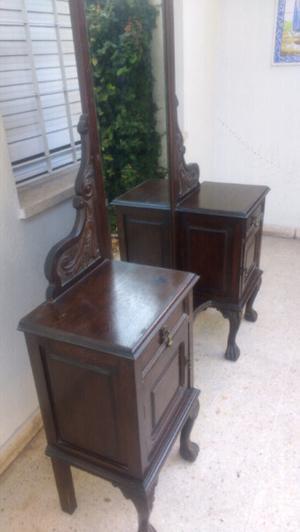 Antiguo toilette de estilo en madera de Roble