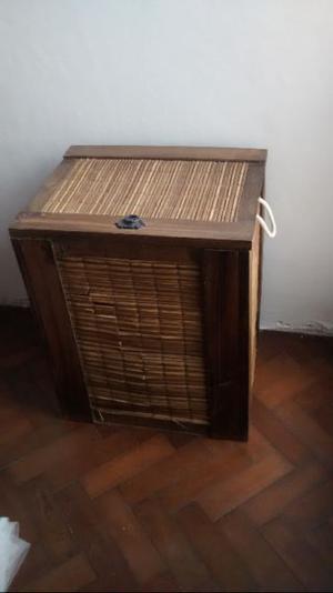 Baul madera y junco