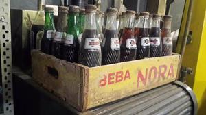 Botellas Cajon Gaseosa Marca Nora  Vendo Sueltas