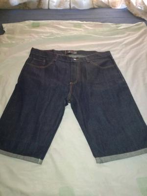 Vermuda de jeans de hombre nueva