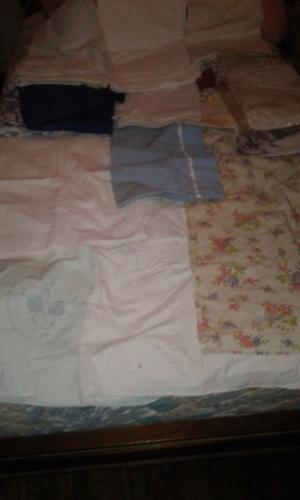 Liquidacion de fundas para almohadas y acolchados sin uso!