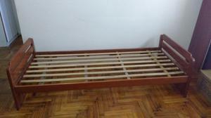 Urgente vendo Cama Funcional de cedro macizo