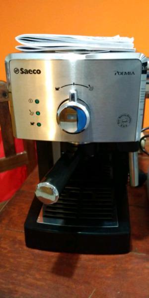 Cafetera expresso Saeco Poemia Nueva